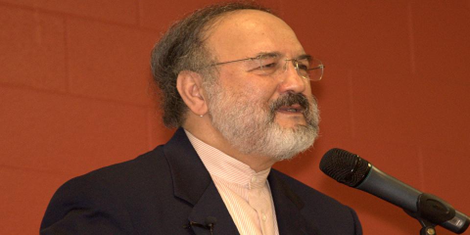 Dr. Muhammad Faghfoory making a presentation